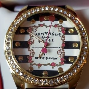 NWT $69 Betsy Johnson Champagne & Roses Pink Watch